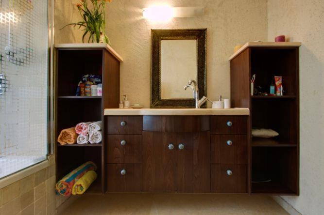 חדר רחצה באגף הילדים, עיצוב אורלי קימה