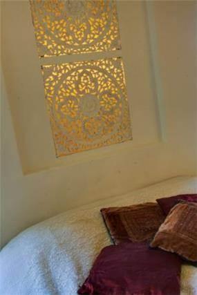 נישה מוארת בחדר שינה, עיצוב אורלי קימה