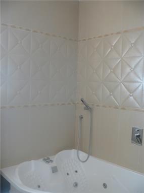 עיצוב קלאסי ויוקרתי לחדר אמבטיה. סיגלית פרץ - אדריכלות ועיצוב פנים