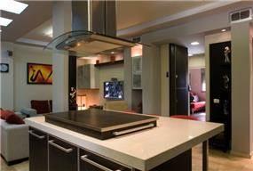עיצוב מטבח בסגנון מינימליסטי ומודרני. אייל צייג - עיצוב פנים אדריכלי
