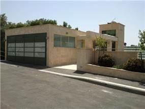 חזית בית פרטי בשכונת דניה חיפה, תכנון יעל דיילס בכר
