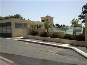 חזית בית בחיפה דניה, תכנון יעל דיילס בכר
