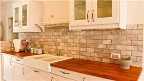 חיפוי בריקים במטבח, עיצוב mind אדריכלים