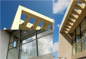 חזית בית גבוה ומואר בסגנון מודרני - אהד יחיאלי, אדריכל