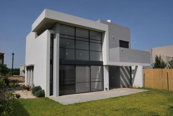 בית פרטי - אהד יחיאלי, אדריכל
