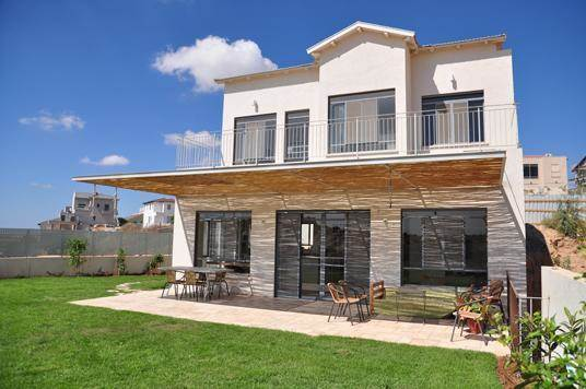 חזית בית בתכנון המעצבת מיכל גרינברג- פוקס