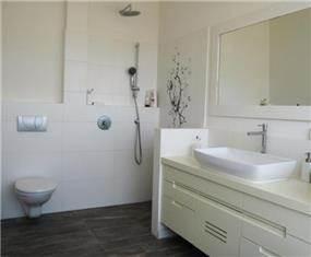 חדר רחצה בהשראת ספא יפני בעיצוב מיכל גרינברג פוקס