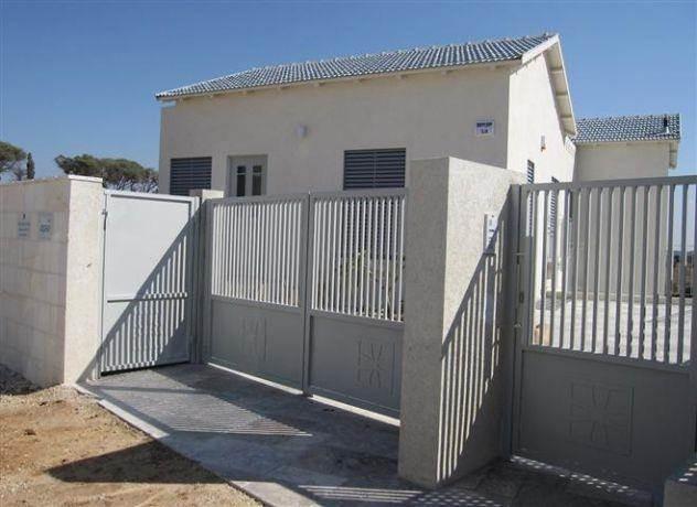 חזית בית בתכנון מיכל גרינברג- פוקס