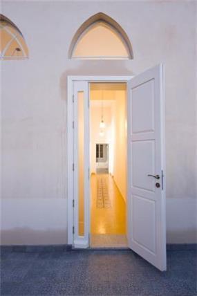 עבודת שימור על מבואת כניסה לבית ביפו, בתכנון ועיצוב של הילה לוסקי
