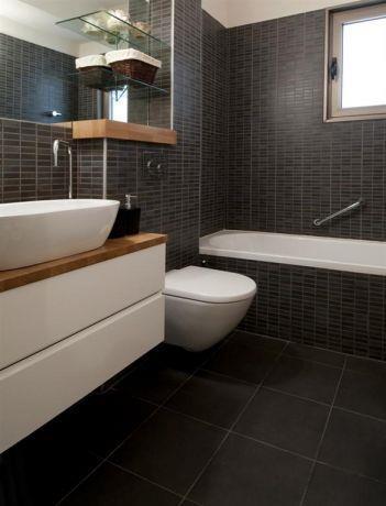 חדר אמבט מעוצב במבט כללי של הילה לוסקי