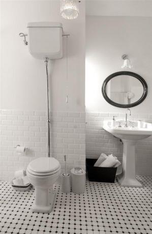 חדר אמבטיה במראה נקי, עיצוב ותכנון של הילה לוסקי