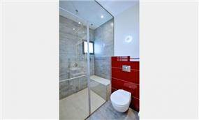 עיצוב חדר אמבט בדירתו של ליאור סושרד - עיצוב ותכנון של סטודיו קרן רוזנר