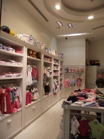 עיצוב לחנות לבגדי תינוקות, בתכנון בליץ דייזין