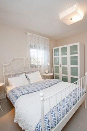 חדר שינה במראה קלאסי בעילוב ותכנון של A&e design