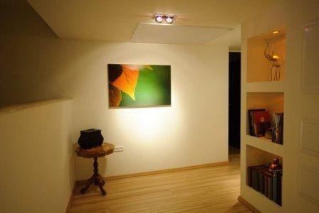 מבואה בפנטאוז עם נישות גבס ותאורה תואמת בעיצוב ותכנון של שרי בר-נע גבעון