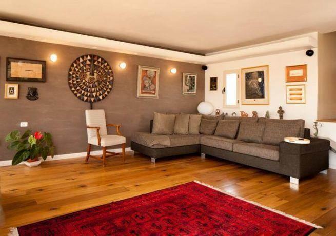 דירת גג מעוצבת  בסגנון לופט אורבני בעיצוב ותכנון של שרי בר נע