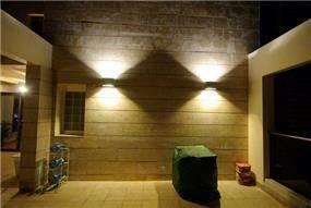 עיצוב תאורה במרפסת של פנטאוז בעיצוב ותכנון של שרי בר-נע גבעון