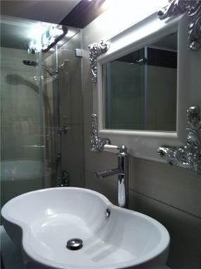 אמבטיה בסגנון ברוק מודרני, ג'ני דיין - הום סטיילינג