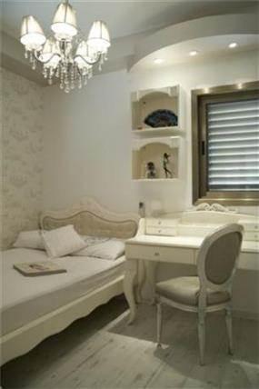חדר ילדים בעיצוב וינטאג' מדהים על טהרת צבע הלבן - שמנת בעיצוב ותכנון של ג'ני דיין הום סטיילנג