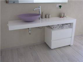 ארון אמבטיה שלייף לק לבן - לול עיצובים