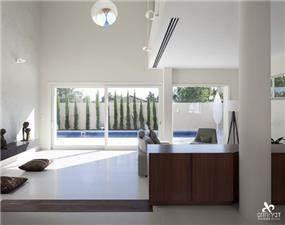 סלון בסגנון מינימליסטי ונקי, דביר-רותם Design