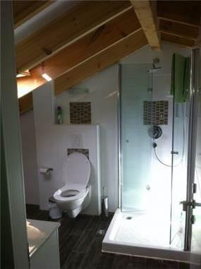 עיצוב אמבטיה בקומת הגג. שוקי מאיר עיצוב פנים