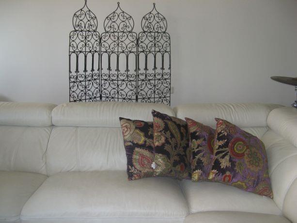 פינת ישיבה בסלון, בעיצוב מודרני ועכשווי. סיגל מורגן עיצוב פנים ,סטיילינג אישי,הום ופלייס סט