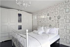 חדר שינה בעיצוב מרשים ורומנטי