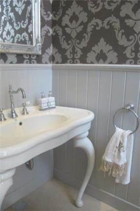 חדר אמבטיה, בעיצוב שירלי דן