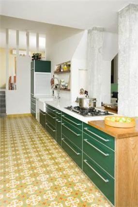 מטבח, אריחי בטון מצויירים. עיצוב - אורלי אביטל