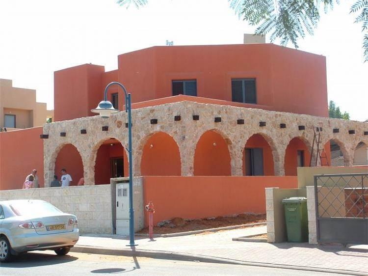חזית בית פרטי בסגנון רטרו/אקלקטי - אבי שטרנפלד אדריכלים