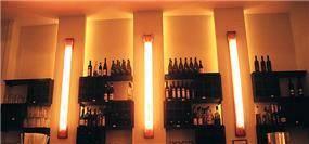 בר משקאות מעוצב בנישת גבס עם תאורה חמה - אורנה גבעון - אדריכלות ועיצוב פנים