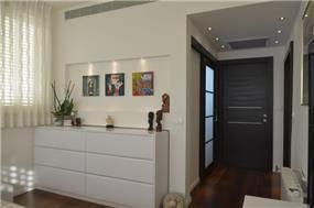 שידה בחדר הורים מעוצב, Gilad Interior Design