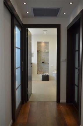 מבט אל חדר הרחצה, Gilad Interior Design