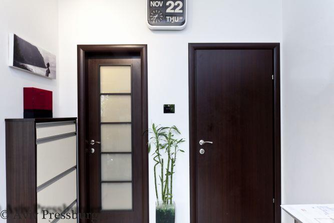 מבט אל מבואת כניסה Gilad Interior Design