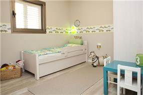 חדר ילדים  - קווים נקיים ומרגיעים, בעיצוב מירב שלום