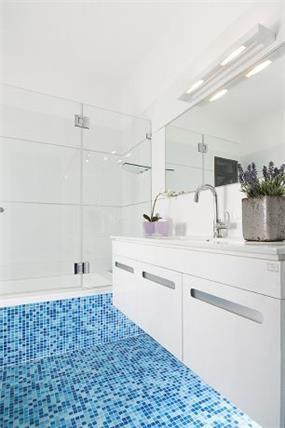חדר אמבטיה תל אביב-עיצוב ליאת הראל
