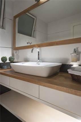 חדר אמבטיה בעיצוב ליאת הראל