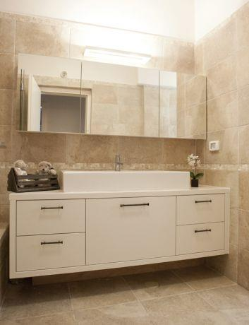 חדר אמבטיה בדירת גן -עיצוב ליאת הראל