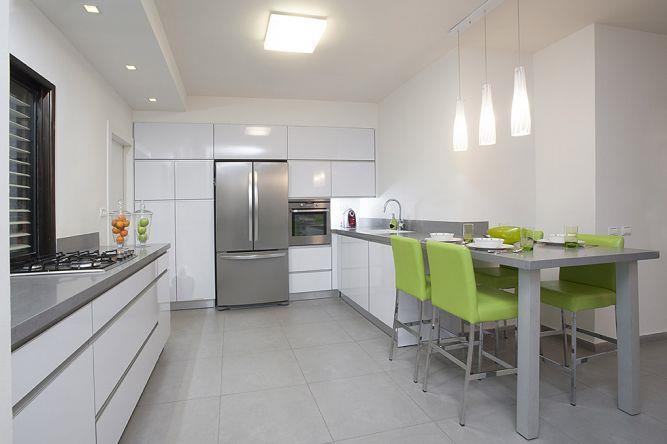 מטבח בדירה באזורי חן - עיצוב ליאת הראל