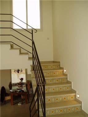 חלל מדרגות מעוצב, יעל עודד תכנון אדריכלי ועיצוב פנים