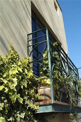 """בית פרטי, ת""""א, חלון - Architecture and Design - נטע דוידי אדריכלים צילום יונתן בלום"""
