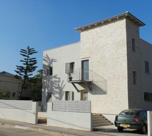 חידוש בית דירות- בנגסון אדריכלות