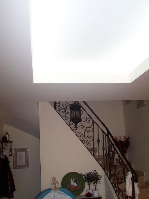 תאורה נסתרת בתקרה - נילי קינן - עיצוב פנים