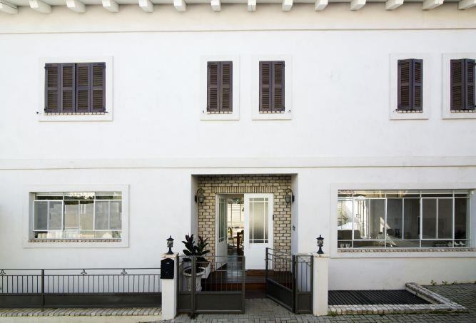 חזית כניסה לבית - לב אדריכלות