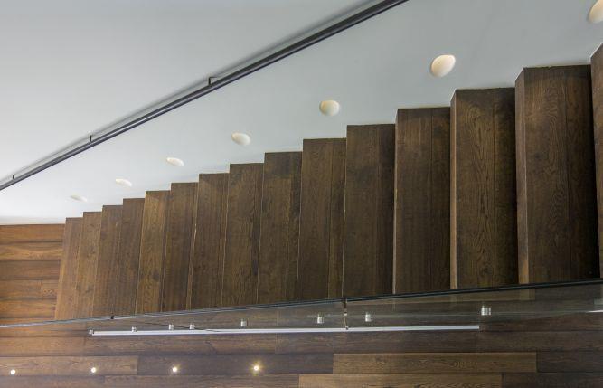 חלל מדרגות - לב אדריכלות