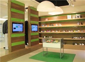 עיצוב צעיר ומרענן של רשת חנויות סקטור טאון- סניף קניון ארנה . אטלס-דרור אדריכלות ועיצוב