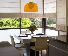 פינת אוכל זוגית ואינטימית- אטלס+דרור- סטודיו לאדריכלות ועיצוב