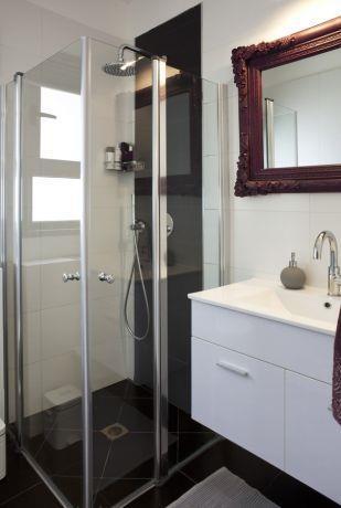 חדרי אמבטיה - ליז זומר