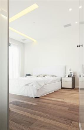 חדר שינה מהודר,  GammaArc Group אדריכלים : יבגני צ'ולך ודניאל ברקובסקי